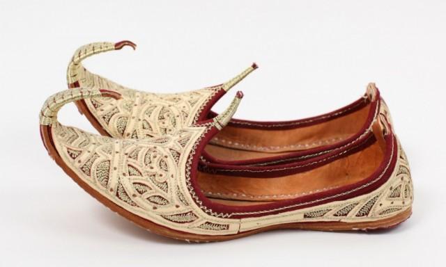124. восточные туфли